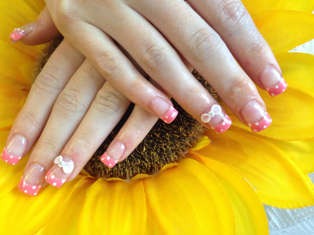Pink Acrylic White Tip Nails Acrylic Nails With Pink Gelish