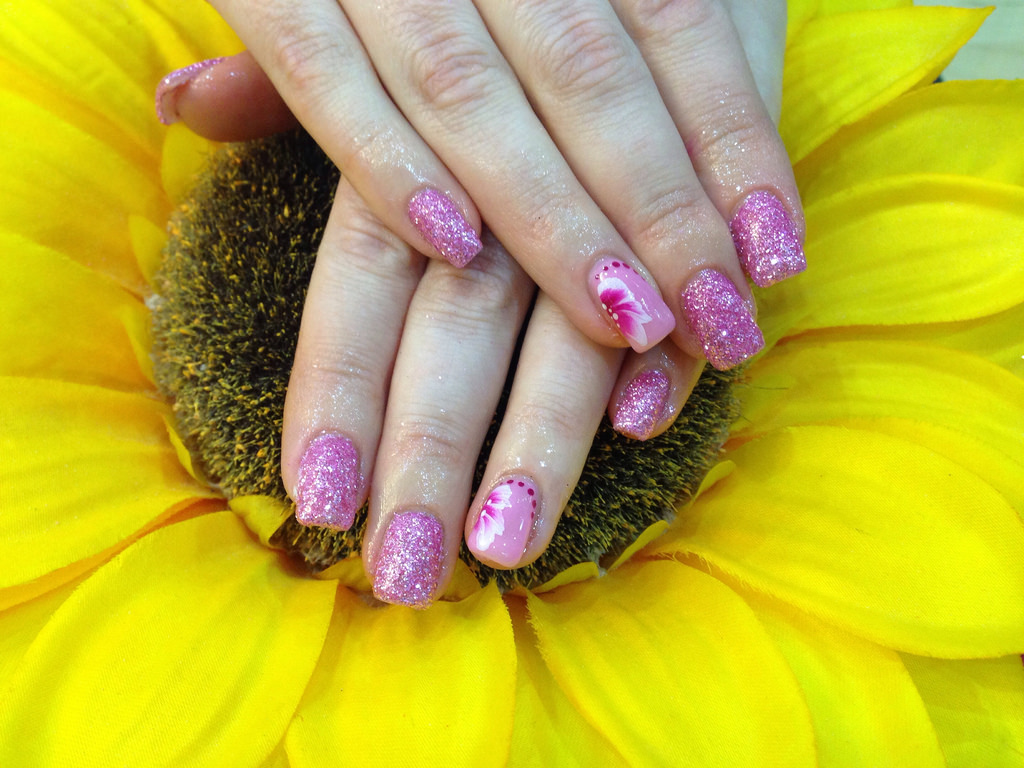 Gel nails with pink glitter dust pink crystal polish with 1stroke ...