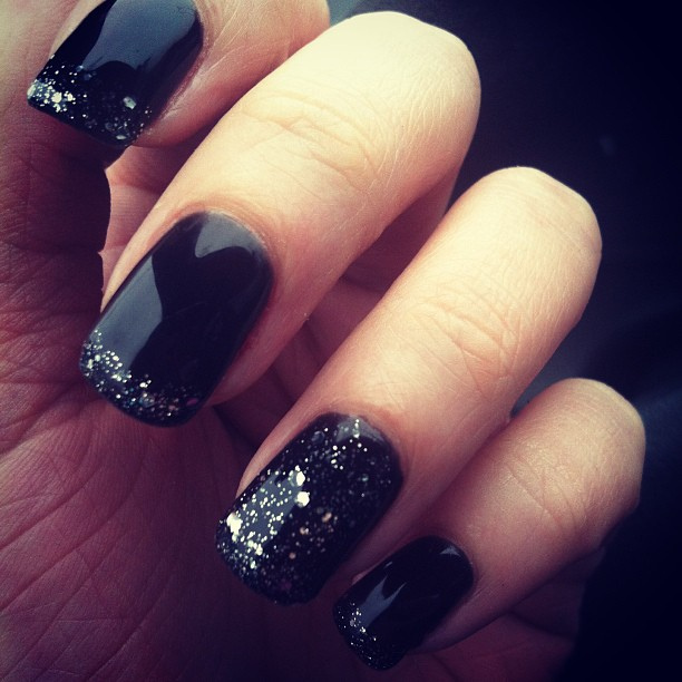 Black Midnight Sky Gel Nails