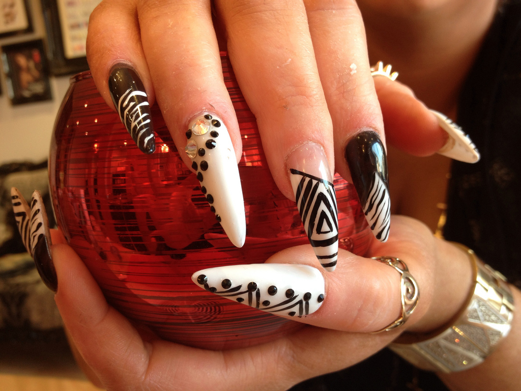 Stiletto Nails With Black and White Nail Art - Nail Designs For You