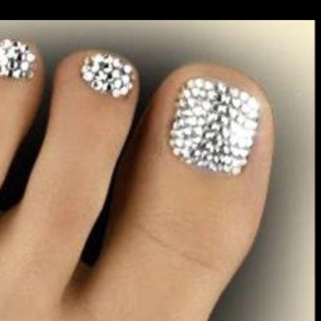 Like These Toe Nail Designs Click Below To Tweet Them