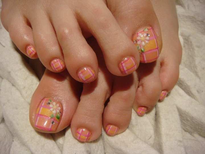 Easy and Cute Toe Nail Designs - Easy And Cute Toe Nail Designs - Nail Designs For You