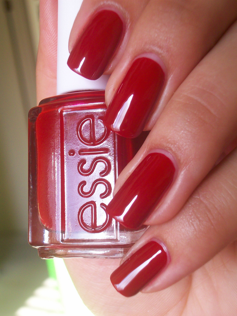Red Nails - Using Essie Limited Addiction Polish