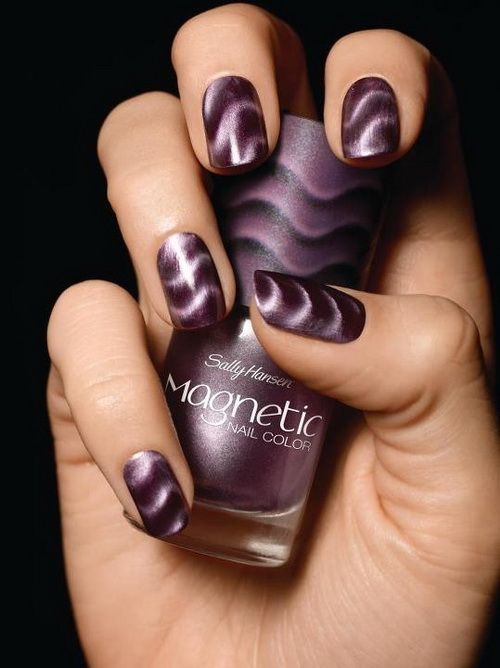 Purple Swirls - Using Sally Hansen Magnetic Polish