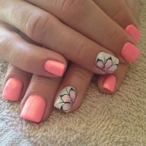 Elegant Flower Nail Designs