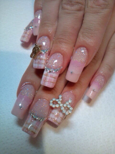 Elegant Pretty Nail Design