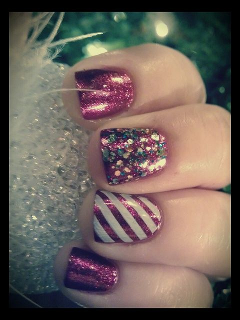 glitter and striped christmas nail design