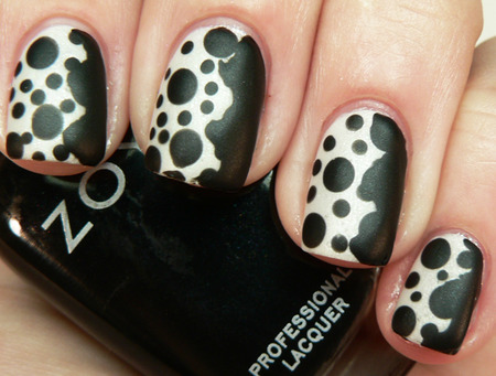 Spotted Cow Black and White Nail Designs