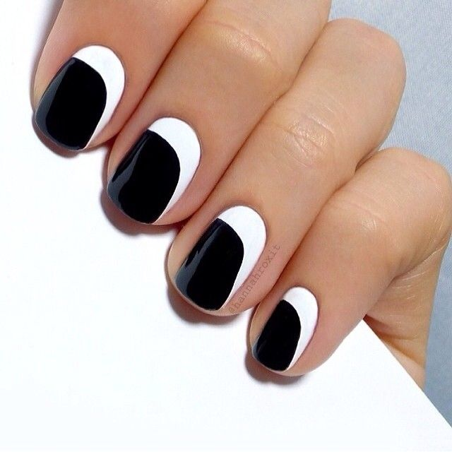 Stunning Black And White Nail Designs