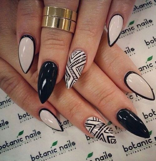 Stiletto Black and White Nails