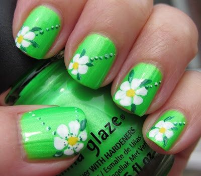 Flower Green Nail Art