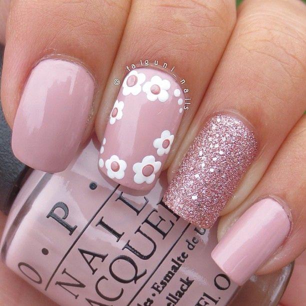 Flowers and Glitter Pink Nail Designs
