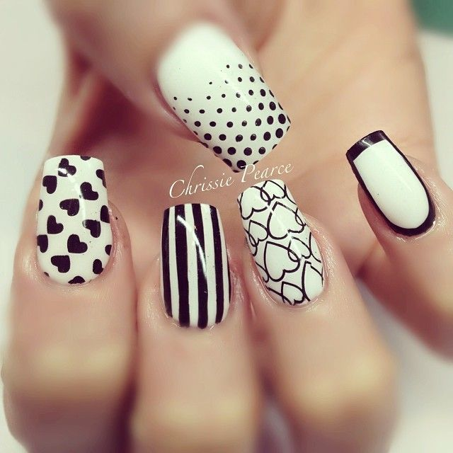 Mixed Black and White Nail Design