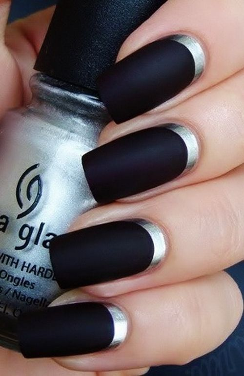 Silver Rims and Black Nail Designs