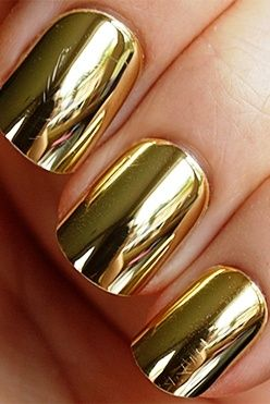 Gold Nails Design