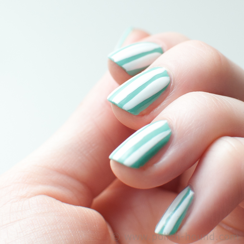 simple vertical striped nail design