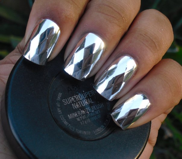 metallic manicure nail polish design