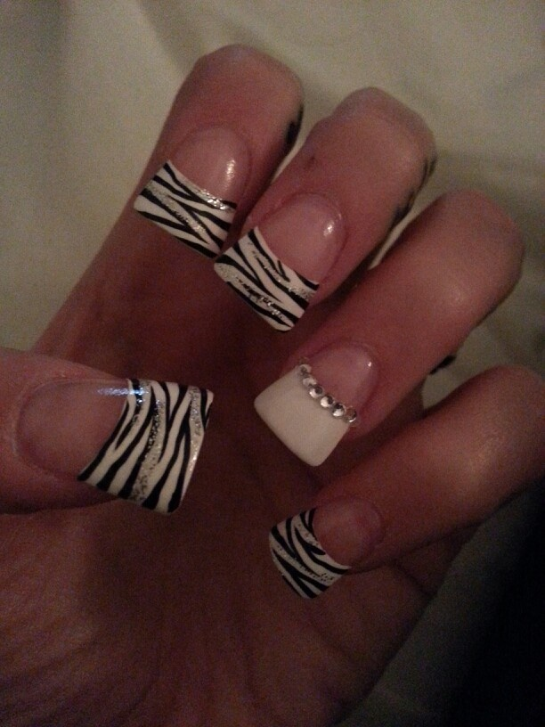 zebra-print-nail-designs-16 - 22 Zebra Print Nail Designs - Nail Designs For You